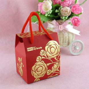 红 地 毯  结婚喜糖盒/烫金玫瑰喜糖包装/中式礼盒/ 婚礼 喜糖袋