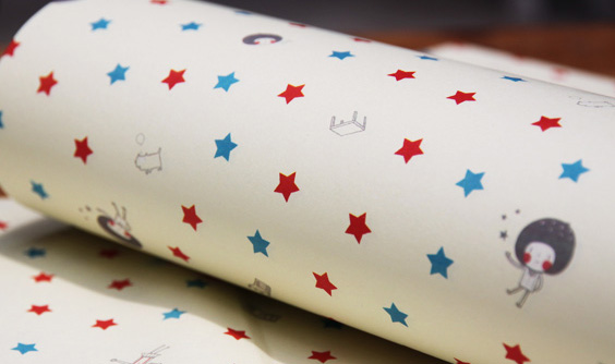 设计欣赏 包装纸 蘑菇头五角星包书皮纸  相关热词搜索:蘑菇头五角星