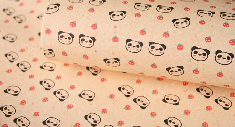 草莓熊猫礼品包装纸