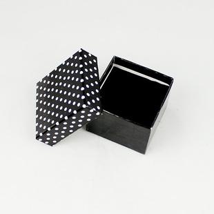 黑色点点包装盒首饰盒 包装盒设计图