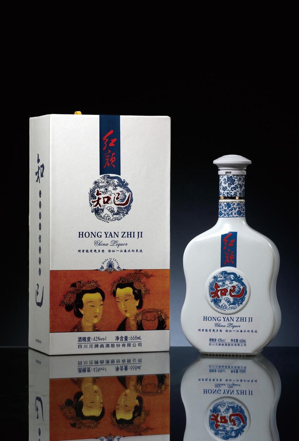 酒包装设计欣赏_红颜系列白酒瓶包装设计展示 - 酒盒包装_酒盒包装设计 - www.bz-e.com