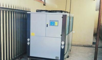 上海箱式冷水机组,上海工业冷冻机,上海风冷式冷水机组